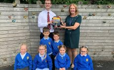 Pottery Primary School benefits from life-saving defibrillator donated by EPC-UK
